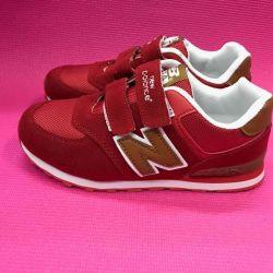 Новые красные кроссовочки! В РАЗМЕРАХ
