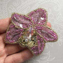 Brooch from beads
