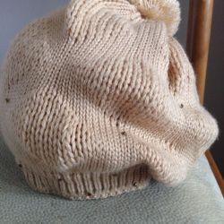 Şapka + eşarp (set) yeni bir tane giymedi!