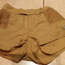 ADIDAS shorts for a teenager, size S.