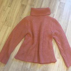 Тёплый свитер, возможен обмен