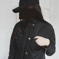 Μπουφάν μαύρου χρώματος για πτώση / άνοιξη.