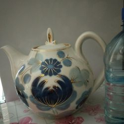 Big, good for 2 liters teapot - tea pot
