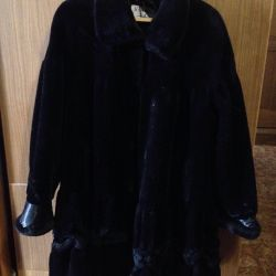 Fur coat muton (artificial)