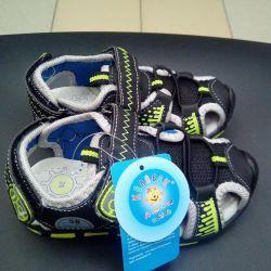 New children's sandals, sizes in stock