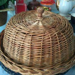 Wicker bread box