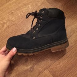 Winter boots 36