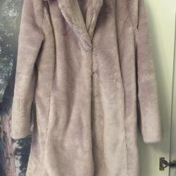 Fashionable artificial fur coat m