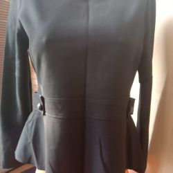 Blouse in excellent condition size 46
