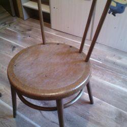 Παλαιές καρέκλες