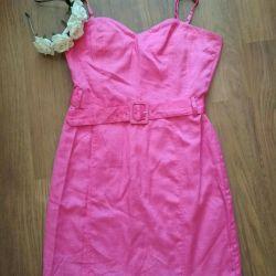 Pink dress with a belt