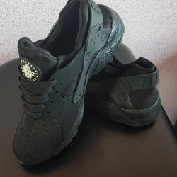 Huarauchi Sneakers