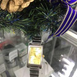 Жіночий наручний годинник