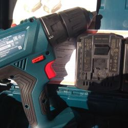 Το κατσαβίδι Bosch 140-LI νέο