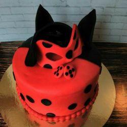 Cake Lady Bug №2 - 2 κιλά