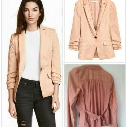 Jachetă ușoară H & M. Starea noului