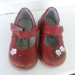 Shoes p.23