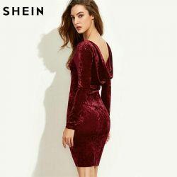 Rochie de catifea rosie cu mâneci lungi