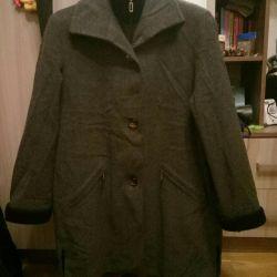 Voi vinde haina femeii
