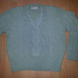 Sweater. Blouse