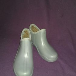 Boots rubber on fur r. 31