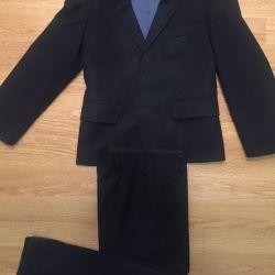 Κοστούμι για τη σχολή αγόρι
