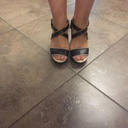 Sandalet CHLOE TARAFINDAN İYİ