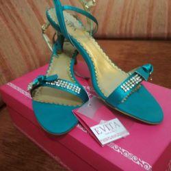 Sandaletler yeni p38-38.5