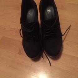 Μπότες αστραγάλου στο μέγεθος της πλατφόρμας 37