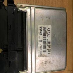 Блок управління двигуном Ауді 4B0907552D