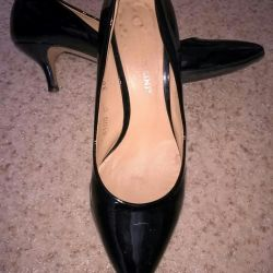 Shoes. Leather. R36