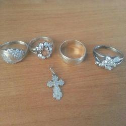 Inel de argint cu o cruce