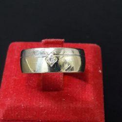 Gold ring m diamond