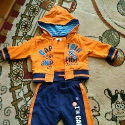Costum sportiv pe băiat, râul 68