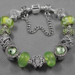 Bracelet in the style of Pandora 1981