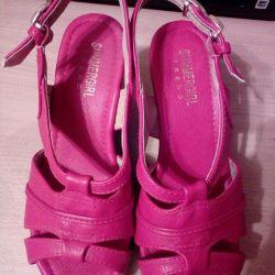 Sandals p.35