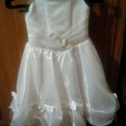 Φόρεμα για κορίτσια 5 χρόνια.