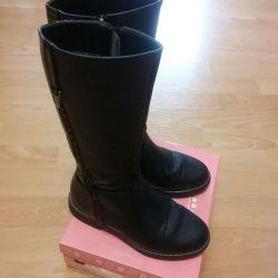 Demi boots. 34 size