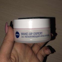 Cream fluid Nivea make-up expert