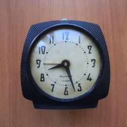 Ceas mecanic cu ceas deșteptător Amber