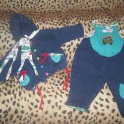 Children's costume with a scarf
