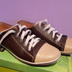 Doğal spor ayakkabı