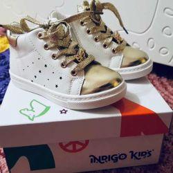 Μπότες για ένα κορίτσι INDIGO