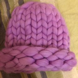 Hat made of 100% merino wool