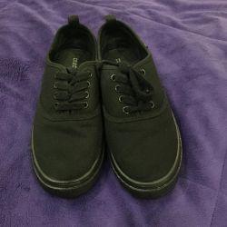 spor ayakkabısı Krosovki