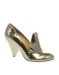 Pantofi noi din piele metalică