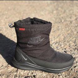 Οι μπότες της Nike Black Women