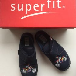 Superfit sneakers new