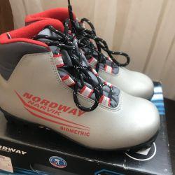 Ski boots size 34