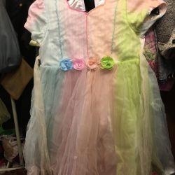 Κόμμα φόρεμα για ένα κορίτσι